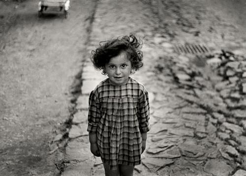 Roman Vishniac [Girl in plaid dress, Mukacevo], ca. 1935–38. © Mara Vishniac Kohn, courtesy International Center of Photography