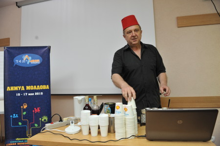 """Aleksander Stukalov presenting - """"The History of Coffee in Kishinev"""""""