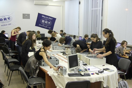 Cisco Network Academy practical lab lesson, Moscow ORT Technology school.