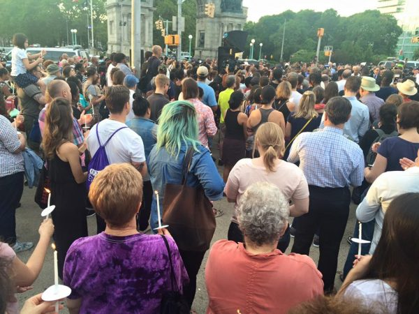 Members of Kolot gather with Brooklyn neighbors in solidarity with lives lost; photo Kolot Chayeinu FaceBook page.